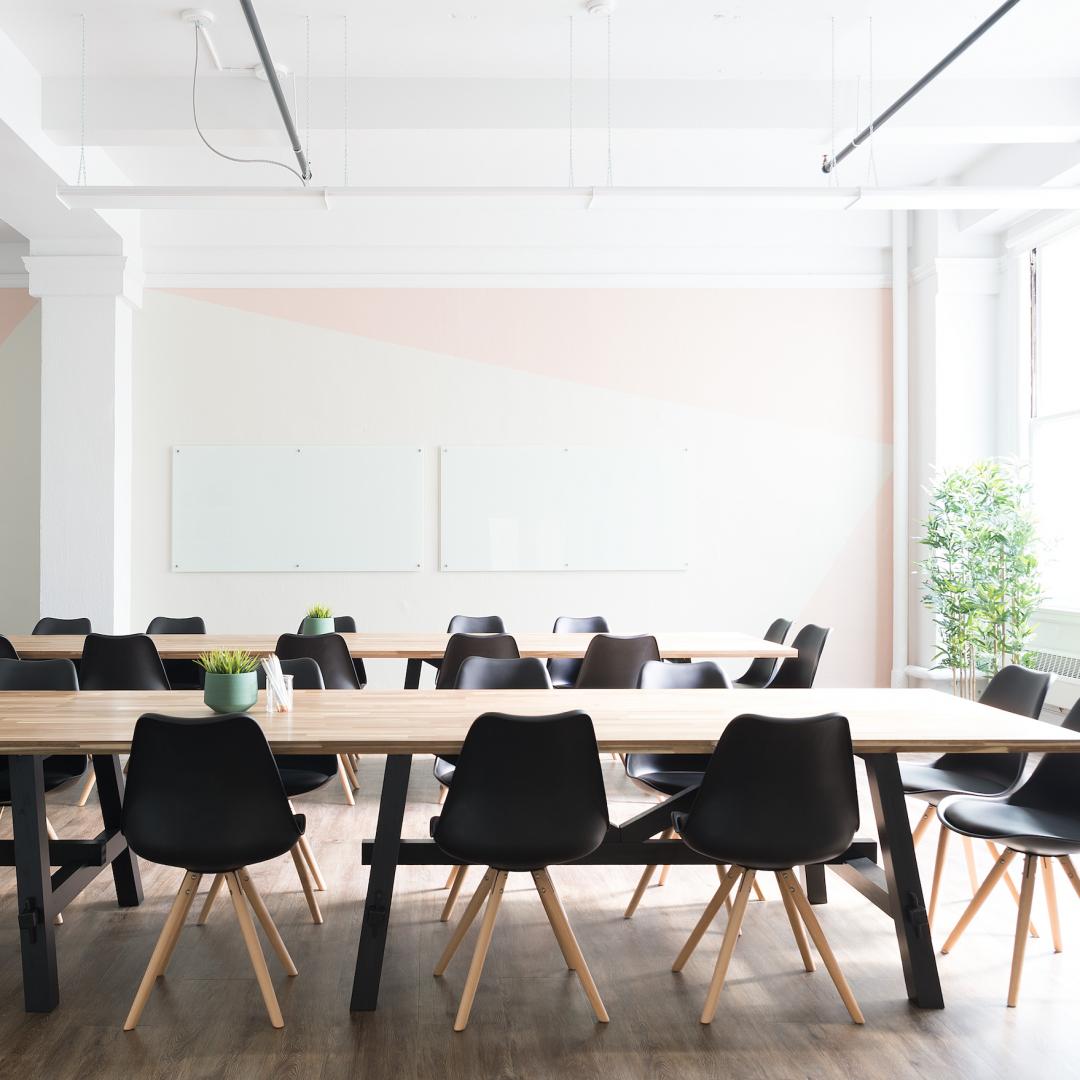 Concept en interieur styling plan kantoor - Amsterdam // SBZ Interieur Design - Interieuradvies, realisatie en styling (Photo by: breather)